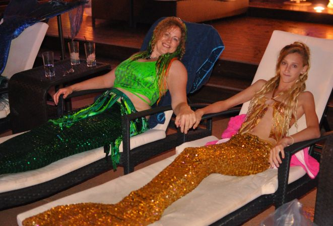 Mermaid Convention Photography #312<br>4,015 x 2,733<br>Published 6 months ago